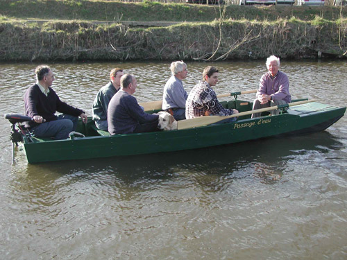 6. La barque de passage d'eau de Profondeville