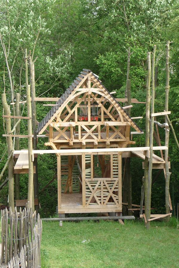 La cabane de Robin (180 X 180 X H 420 CM)